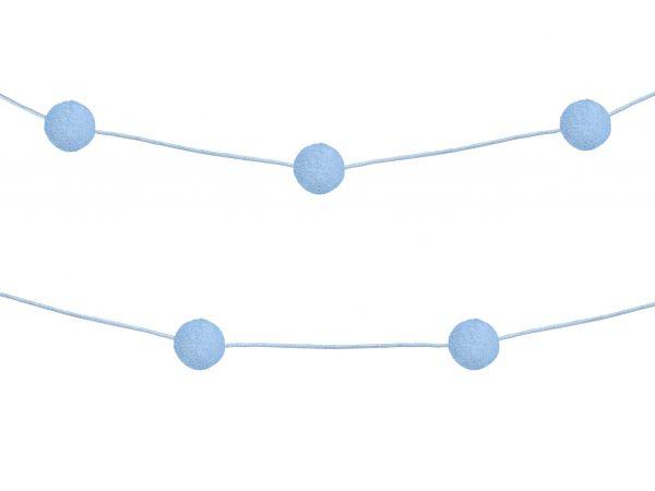 Pompon slinger lichtblauw